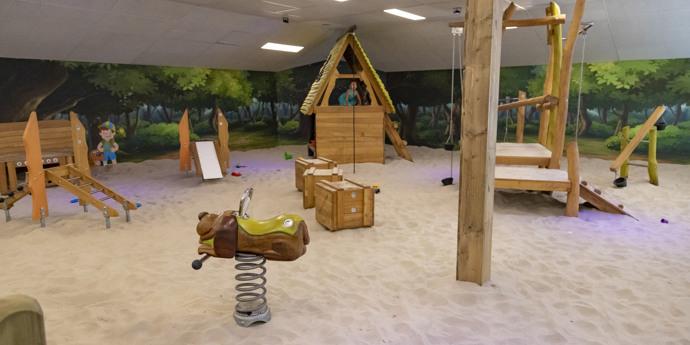 Nieuw: overdekte speelplaats