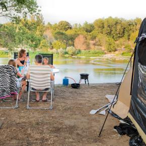 RCN-la-Bastide-en-Ardèche-camping-aan-de-rivier-de-Ardèche-kampeerplaats-aan-het-water (3)