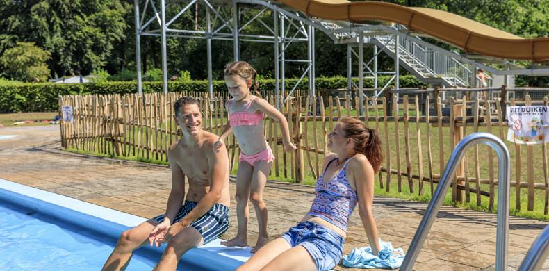 RCN-Vakantiepark-het-Grote-Bos-Utrechtse-Heuvelrug-zwembad (8)