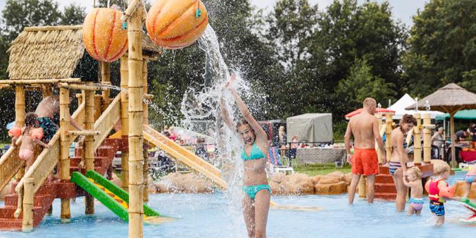 Campings met zwembad in Flevoland